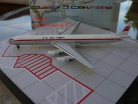 Air Bahama DC-8-63 Icelandair hybrid livery