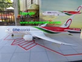 Royal Air Maroc B 787-8 One World livery