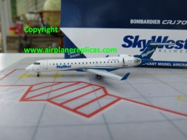 SkyWest Airlines CRJ-700